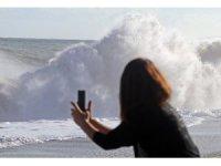 Antalya'da fırtına sonrası inanılmaz görüntüler