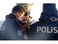 Ekstrem sporcusunun dev dalga aşkı polisi alarma geçirdi