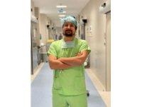 Op. Dr. İbrahim Alper Aksakal veganları uyarıyor: Burun estetiğine ilaçla hazırlanın!