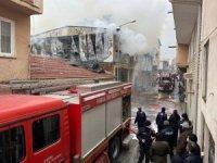 Bursa'da kağıt deposunda çıkan yangın korkuttu