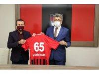 Büyükşehir Belediyesinden Vanspor'a 1 milyon TL destek