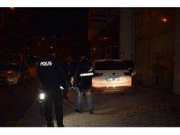 Polisin 'dur' ihtarına uymayarak kaçtı, aracının içinden 2 adet pompalı tüfek çıktı