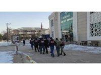 Elbistan'da uyuşturucu operasyonuna 3 tutuklama