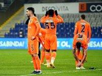 Başakşehir, kötü gidişata Antalyaspor karşısında dur demek istiyor