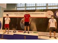 Milli yüzücülere Edirne'de başarılı karne