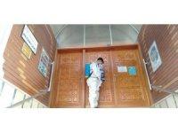 Niksar'da Cuma namazı öncesi camiler dezenfekte edildi