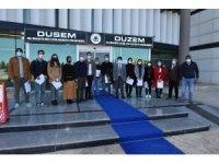 DÜ'de İHA1 eğitim programını başarıyla tamamlayan kursiyerlere sertifikaları verildi