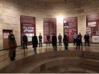 TÜGVA hocalı anıtında hocalı şehitlerini andı