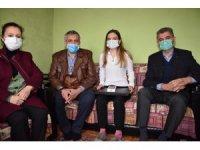 Karabağ şehidi Hasanov'un kız kardeşine verilen sözler yerine getirildi