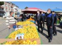 Gaziemir pazarlarında pandemi ve fiyat denetimi