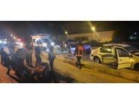 Mersin'de 2 otomobil kafa kafaya çarpıştı: 1'i ağır 9 yaralı