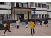 Şırnak'ta yeni kontrollü normalleşme başladı esnaf iş yerini açtı, öğrenciler okula koştu