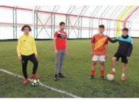 Nevşehir'de halı sahalar hizmet vermeye başladı