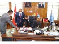 Hakkari'de halk pazarı yapımı için protokol imzalandı