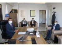Kabakcı, Talas Gençlik Merkezi ve Seyyid Burhaneddin Erkek Öğrenci Yurdu'nda incelemelerde bulundu