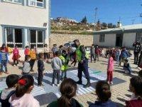 Jandarma ve polisten öğrencilere eğitim