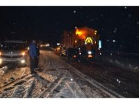 Antalya'da kar yağışı başladı Antalya-Konya karayolunda kar kalınlığı 20 santime ulaştı