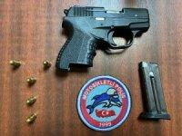 Yunus timleri geçit vermiyor: 1 kişi ruhsatsız tabancayla yakalandı