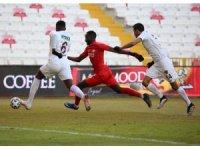 Süper Lig: DG Sivasspor: 1 - A.Hatayspor: 1 (Maç sonucu)