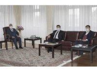 Erzurum Yeşilay'dan Rektör Çomaklı'ya ziyaret