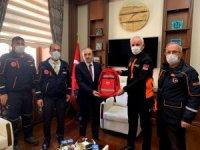 AFAD heyeti Deprem Haftası dolayısıyla Vali Cüneyt Epcim'i ziyaret etti