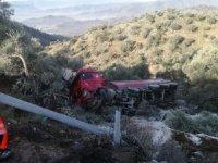 Kontrolden çıkan kamyon uçuruma uçtu: 1 ölü