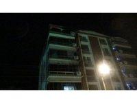 İzmir'de yangında evi yanan belediye başkanı hastaneye kaldırıldı