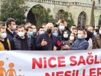 AK Parti İstanbul İl Başkanı Kabaktepe, Ayasofya Camii'nde sabah namazı sonrası gençlerle Yeşilay'a yürüdü