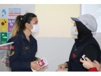 Jandarma, kadın çalışanlara KADES uygulamasını anlattı