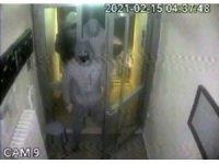 İstanbul'da 3 evden hırsızlık yapan suç makinesi kamerada