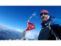Isparta'da 2 bin 998 metrelik Dedegöl Dağı zirvesine solo tırmanışı yaptı