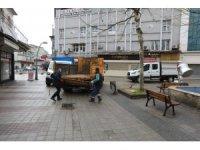 Kırmızı kategorideki Sakarya'da şehir merkezindeki banklar kaldırılıyor
