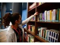 Mamak'ın kütüphaneleri göz dolduruyor
