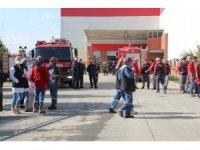 Kuru yemiş fabrikasındaki yangında 17 işçi dumandan etkilendi