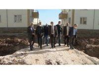 Diyarbakır'da yeni afet konutlarına içme suyu ve kanalizasyon şebekeleri döşeniyor