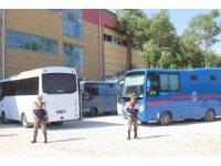 FETÖ'nün askeri mahrem yapılanmasından sorumlu 2 aktif öğretmen yakalandı