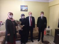 Vali Tutulmaz'dan şehit ailelerine ziyaret