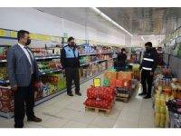 Hacılar'da zabıta ekiplerinden sosyal mesafe denetimi