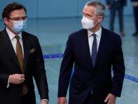 NATO: Moskova askerleri geri çekmeli