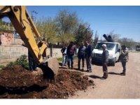 Köylerde yol yapımını başladı
