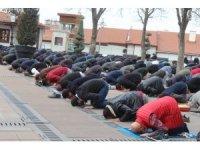 Hacı Bayram Veli Camii'nde Ramazan'ın ilk cuma namazı kılındı