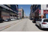 Van caddeleri 47 gün sonra yine boş kaldı