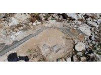 Defineciler binlerce yıllık tarihi dinamit kullanarak talan ediyor