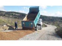 Akhisar'ın yolları asfalt sezonuna hazırlanıyor