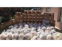 Safranbolu'da MHP İlçe Teşkilatı Ramazan kumanyası dağıttı