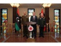 Milli Savunma Bakanı Hulusi Akar, Libya Genelkurmay Başkanı Orgeneral Mohamed Elhadad'ı kabul etti.