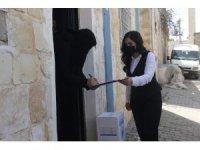Mardin'de Suriyeli ihtiyaç sahibi ailelere gıda ve temizlik malzemesi dağıtıldı