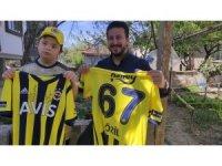 Mesut Özil'den Down sendromlu çocuğa 23 Nisan sürprizi