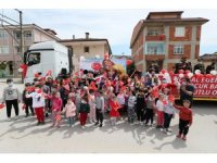 Çocuklar bayramın 101. Yıl çoşkusunu 102 mahallede yaşadı