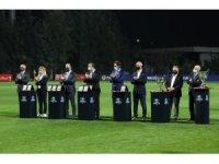 Turkcell Kadın Futbol Ligi'nin ilk ödülü sağlık çalışanlarına